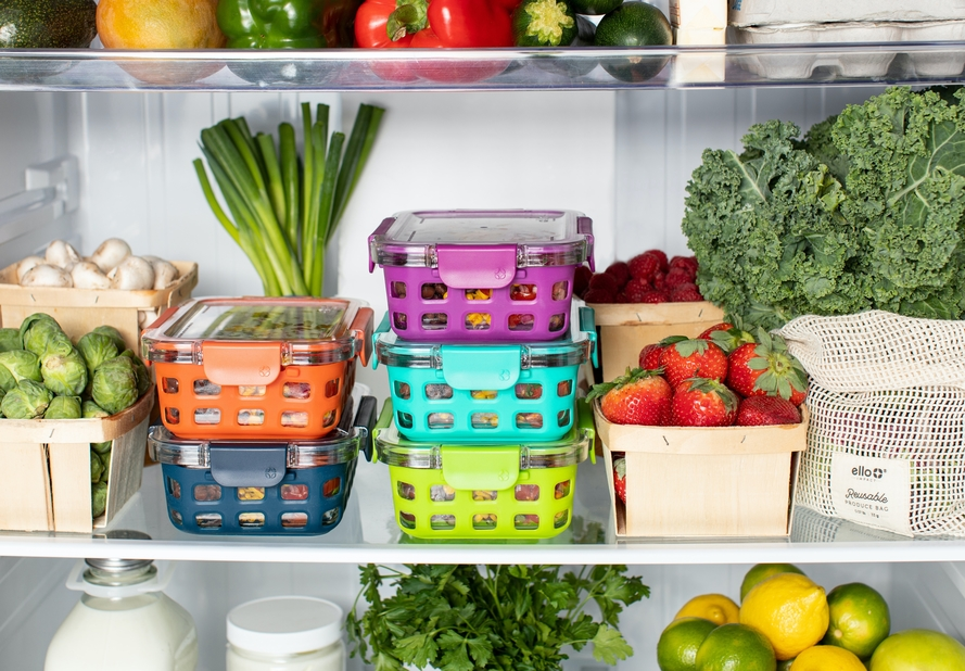 Meals in separate tupperware containers